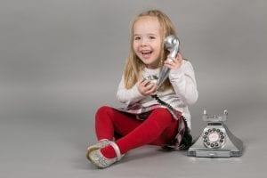 girl telephone